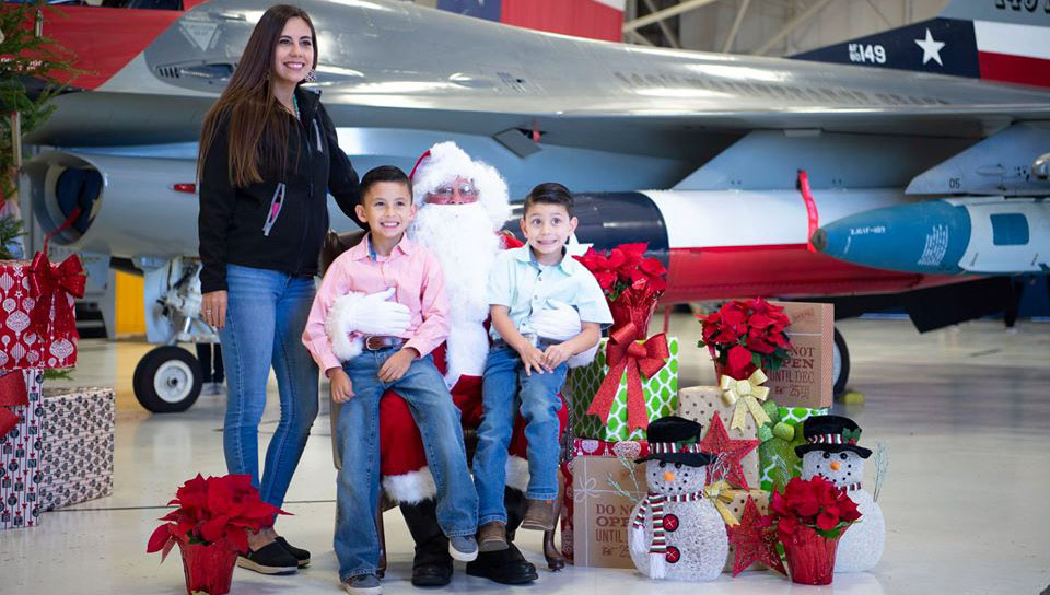 Santa Claus and his elves at the 149th